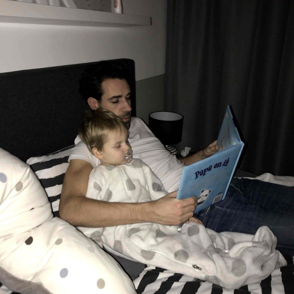 Hoe Neuken Twee Jongens Op Bed-5315